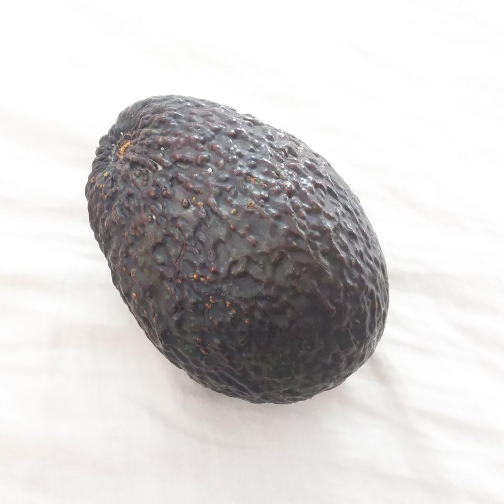 どっち アボカド 野菜 果物