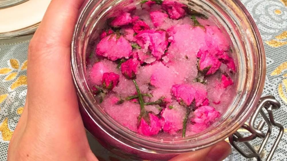 春がフワッと香る桜湯を楽しもう!「桜の塩漬け」の作り方と保存方法研究