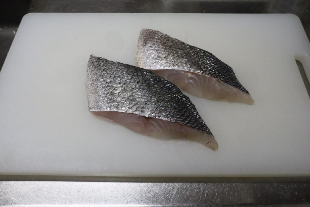手・まな板の「魚の生臭さ」を取る方法は?エコ&瞬間消臭はコレに決定!